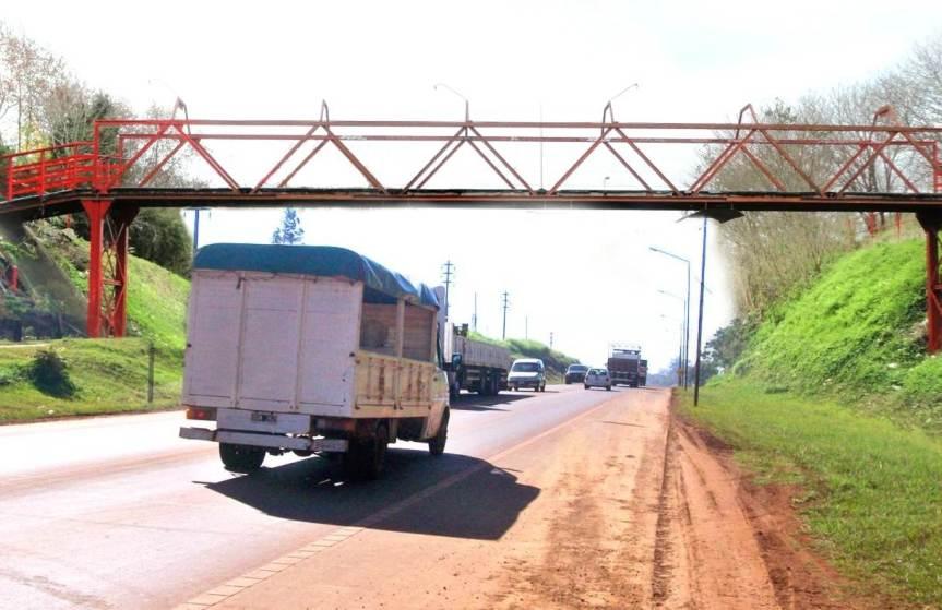 Aprobaron estudios previos para licitar la construcción del puente frente a la escuela395