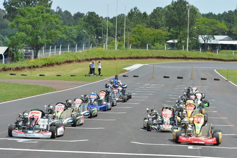 La FeMAD canceló los Campeonatos Karting y Pista2020