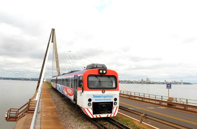 Para volver a Posadas con el tren no aceptan pesos, solo guaraníes o laSube