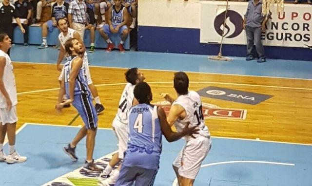 93 a 75: OTC se recuperó y venció de local a VillaÁngela