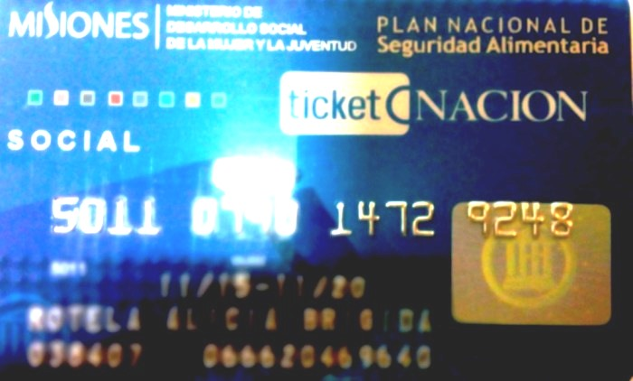 Convocan a tareferos a retirar sus tarjetas TicketNación