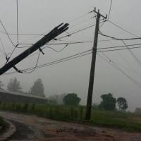 Nueve localidades sin luz por la caída de postes con la tormenta