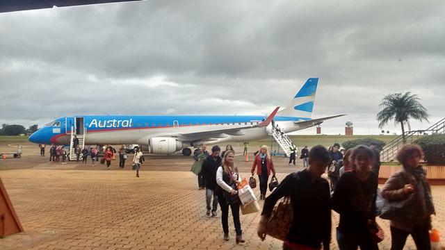 Vuelos a Posadas y otros destinos cancelados por asambleas de pilotos, 7.000 pasajerosafectados
