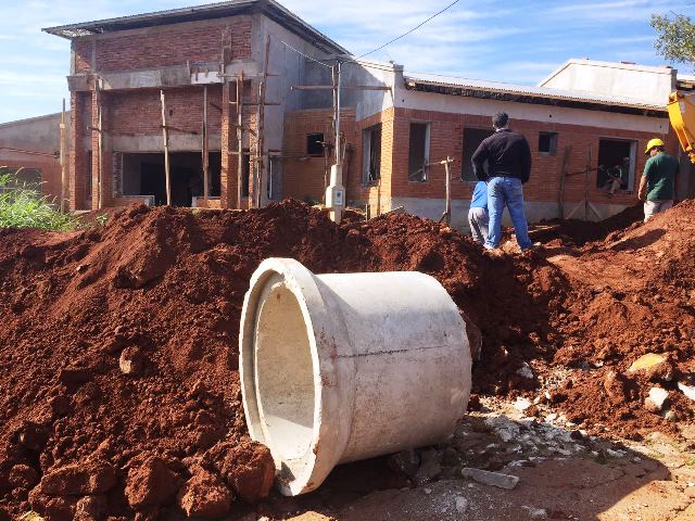 Realizan obras de entubamientos, badenes y el puente de la RíoCuarto