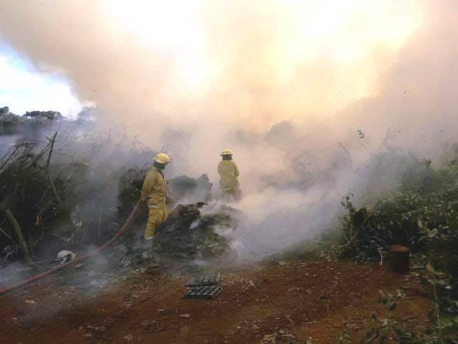 Quemaban ramas en Obras Públicas y se desató un incendio, debieron acudir losbomberos