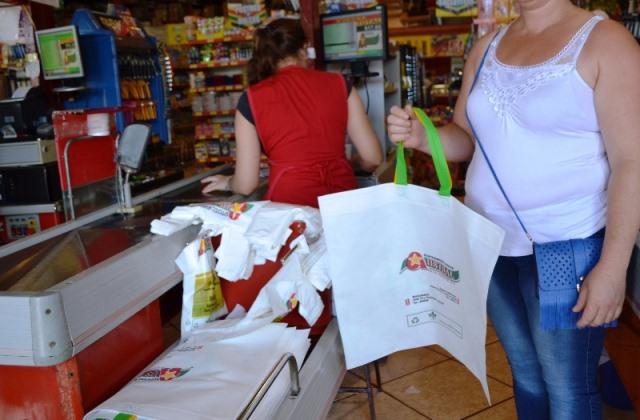 Aprobaron ley que prohíbe el uso de bolsas plásticas enMisiones