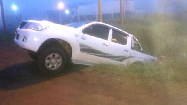 Hallan camioneta en una alcantarilla de la ruta 14, el conductor fue encontrado ebrio en una estación deservicios