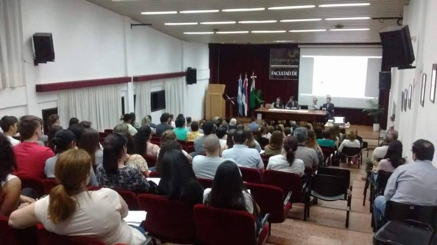 Especialistas nacionales brindarán una charla sobre adicciones, seguridad ehigiene