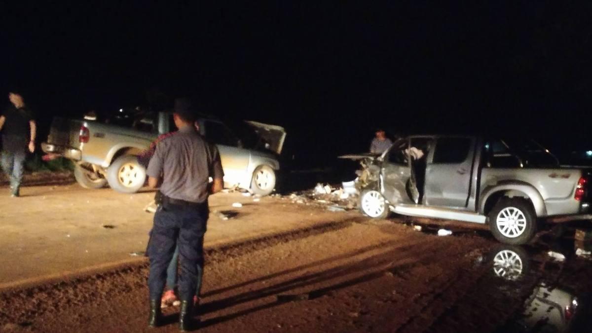 Colisión entre cuatro vehículos: una mujer falleció
