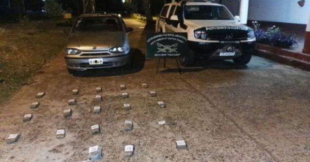 Una pareja que viajaban de Misiones fue detenida con 23 paquetes demarihuana