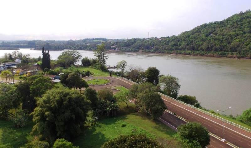 Esperan reunirse con Macri por el puente Alba Posse-Maúa durante el relanzamiento del PlanBelgrano