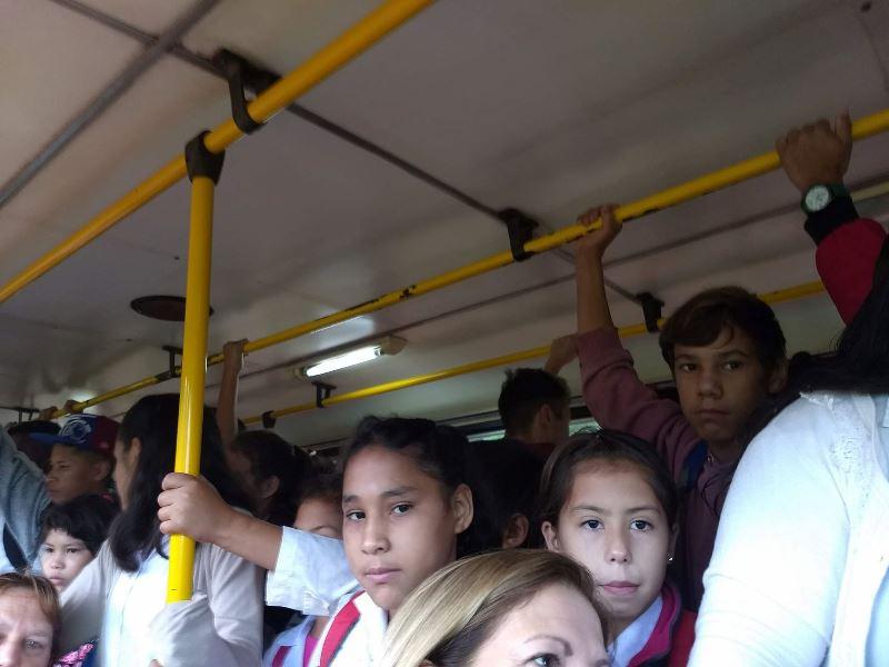 Nación elimina las restricciones a la cantidad de pasajeros en el transportepúblico