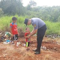 Brindan contención a un niño de 3 años perdido que deambulaba por la calle