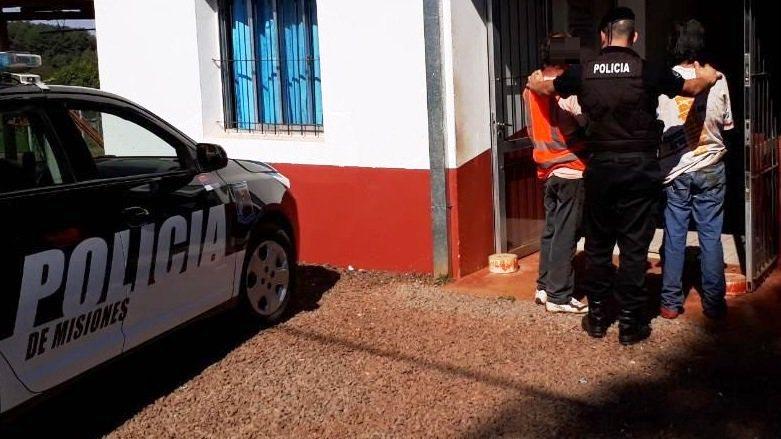 Dos detenidos por ocasionar disturbios y otro por amenazar a su expareja