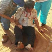 Un hombre se descompensó frente al hospital y tardaron media hora en socorrerlo