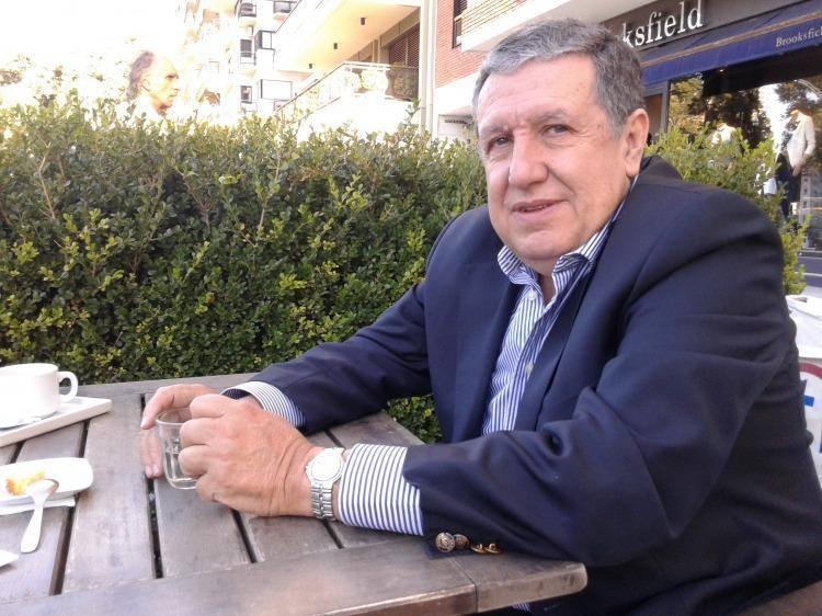Monzó podría reemplazar a Ramón Puerta como embajador enEspaña
