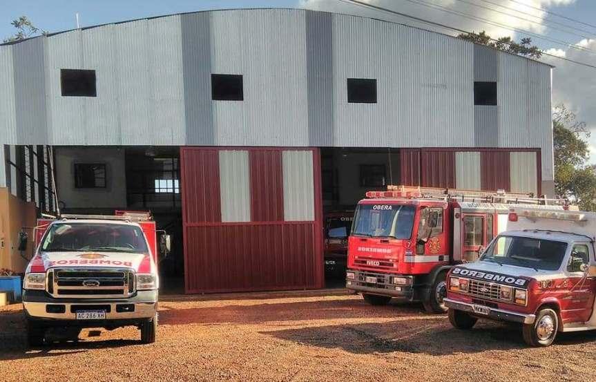 Incorporaron camión cisterna de 8.000 litros a la flota de los BomberosVoluntarios