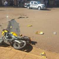 Motociclista herido tras chocar con una camioneta en Libertad y Chubut