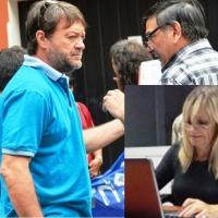 """Desde 2005: Analizan si """"Cacho"""" Bárbaro puede continuar de licencia como director de escuela sin ser diputado"""