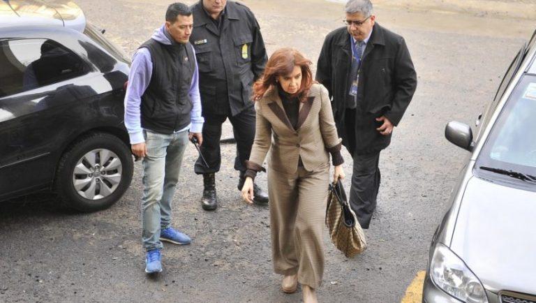 La justicia resolverá los 51 pedidos de suspensión del juicio a Cristina por asociación ilícita y defraudación alEstado