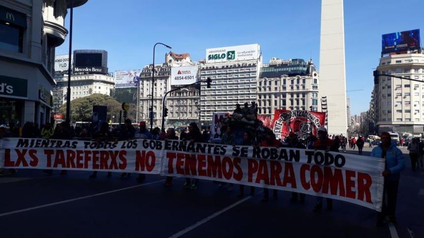 """""""Yerbatazo"""" en Buenos Aires: reclaman aumento del Subsidio Interzafra a $6.500 para los 17.000tareferos"""