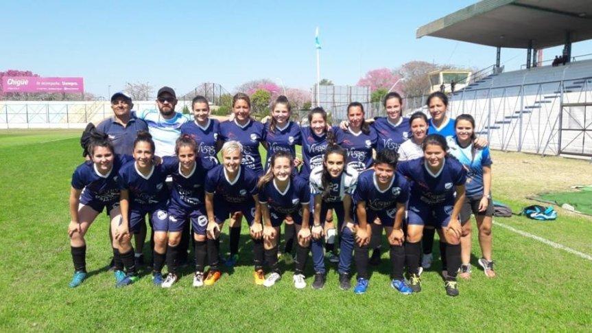 Las Decanas Campeonas del Regional de Selecciones de Ligas Femenino enFormosa