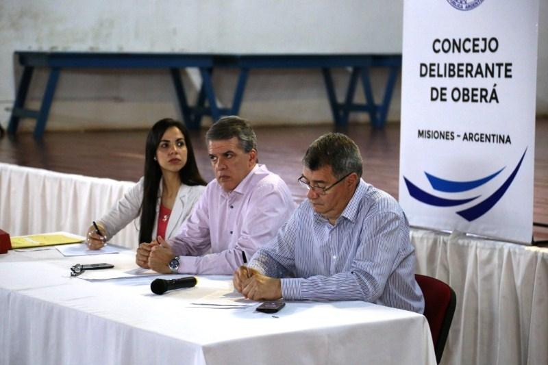 """Chaves sobre el monopolio de CM: """"No se puede hacer nada porque el contrato es hasta2022"""""""