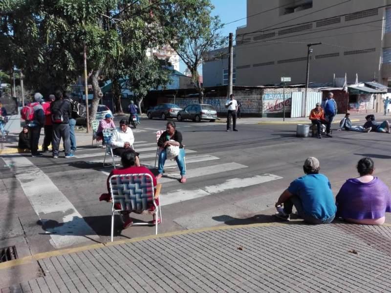 Tareferos frente al Ministerio reclaman el subsidio y salario mínimo vital y móvil