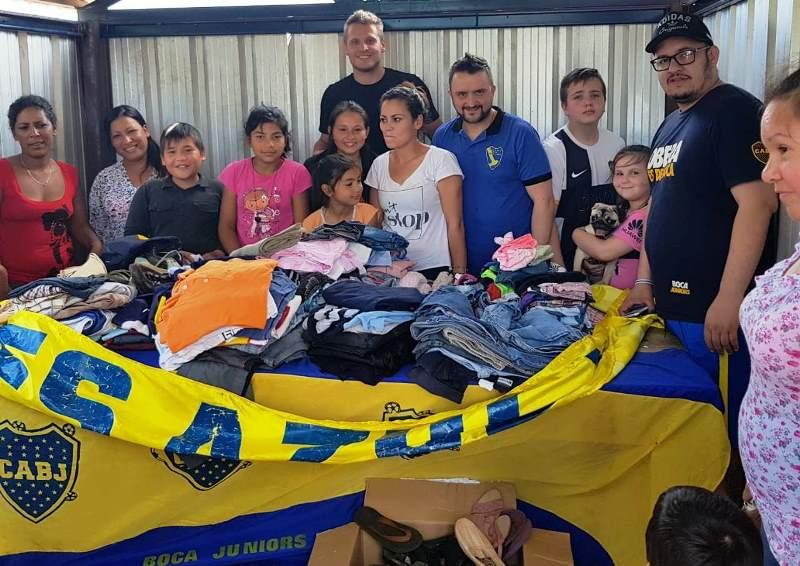 """La Peña """"Oberá es Azul y Oro"""" entregó donaciones al comedor de Stemberg conseguidas durante lospartidos"""