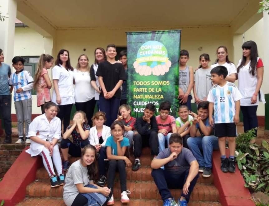 Brindaron charlas de Educación Ambiental en las escuelas N° 217 y191