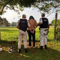 Dealer fue detenido con cocaína en una cancha de fútbol