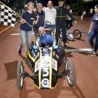 La EPET 3 ganador en las dos carreras de autos eléctricos