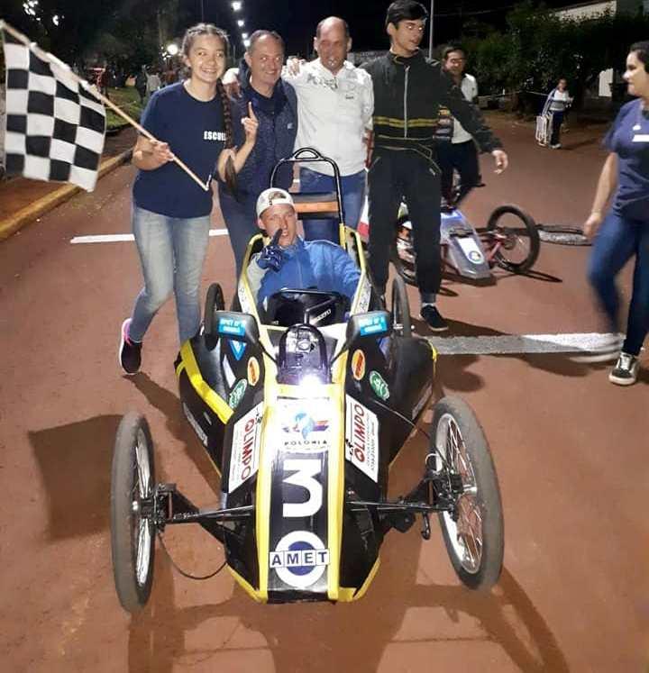 La EPET 3 ganador en las dos carreras de autoseléctricos
