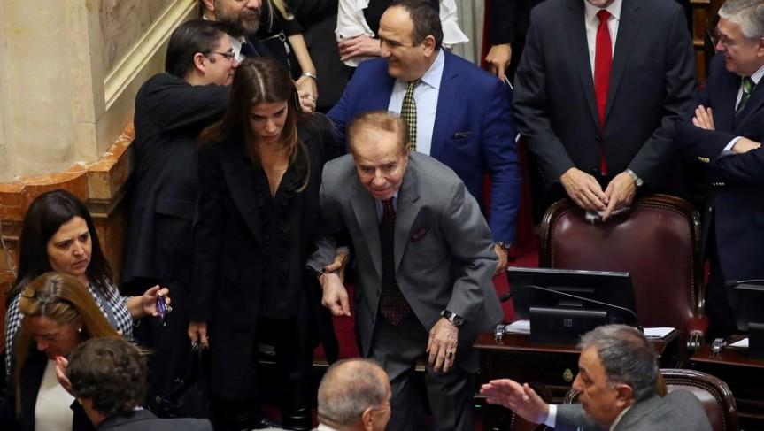 Carrió pide el juicio político del Tribunal que absolvió a CarlosMenem
