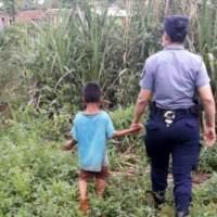Niño estuvo escondido 3 días en una casa abandonada para evitar las torturas de sus padres