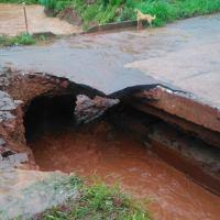Puente en calle Polonia colapsó tras el temporal