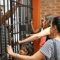 """Marcharon al Juzgado exigiendo la liberación de Silva: """"él solo brindó su apoyo a personas necesitadas"""""""