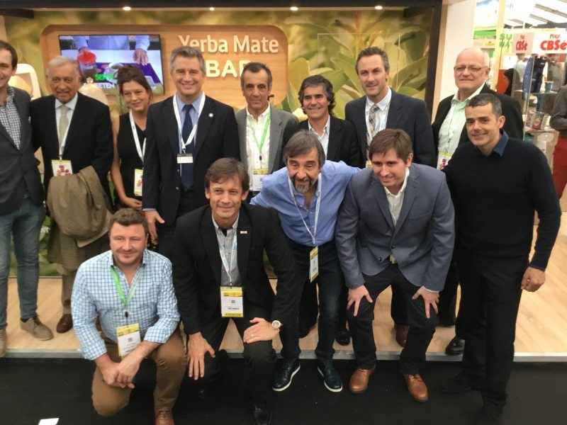 El INYM y empresas yerbateras exponen en el stand argentino de la SIAL enParís