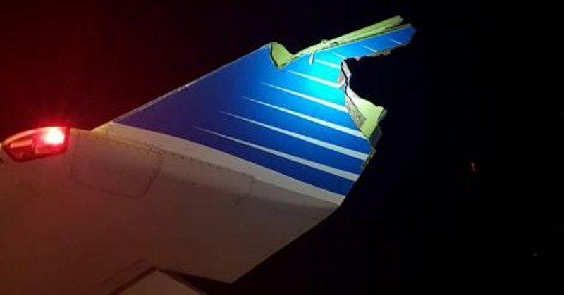 Piloto de Aerolíneas que se jubilaba chocó el avión contra un camión debomberos