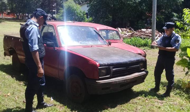 """Recuperan una Pick-Up robada meses atrás, un vecino la había comprado de """"buenafe"""""""