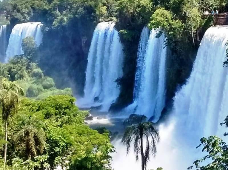 Buscan a una turista colombiana de 27 años que se perdió dentro del ParqueCataratas