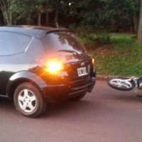 Detuvieron a un automovilista ebrio, armado con un cuchillo que intentó agredir a motociclista tras un choque