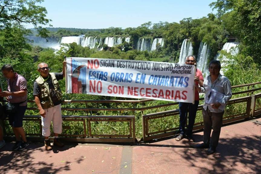 """Ambientalistas volverán a protestar contra la """"Villa Turística"""" en Cataratas durante la visita deMacri"""