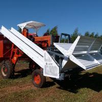 Lory desarrolló una cosechadora de yerba de hasta 2 mil kilos por hora