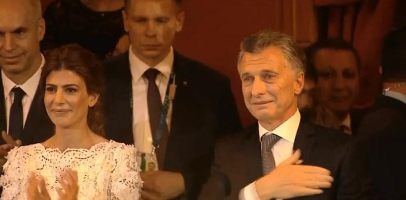 """El llanto de Macri en el Teatro Colón: """"Orgulloso de la Argentina y de losargentinos"""""""