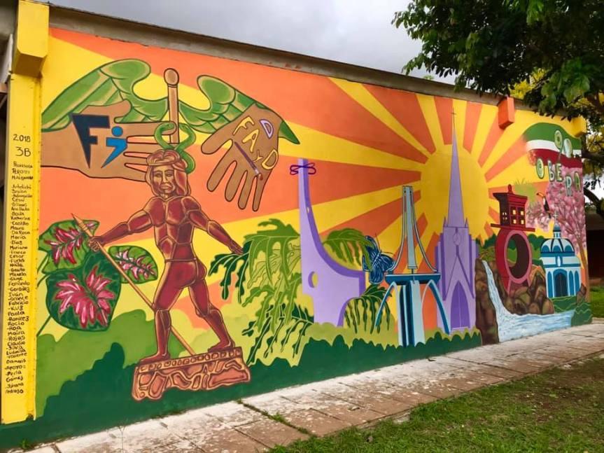 Concluyeron el mural conmemorativo de los 90años