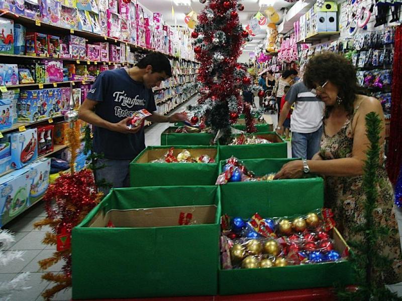 El Gobierno busca atenuar la caída del consumo para pasardiciembre