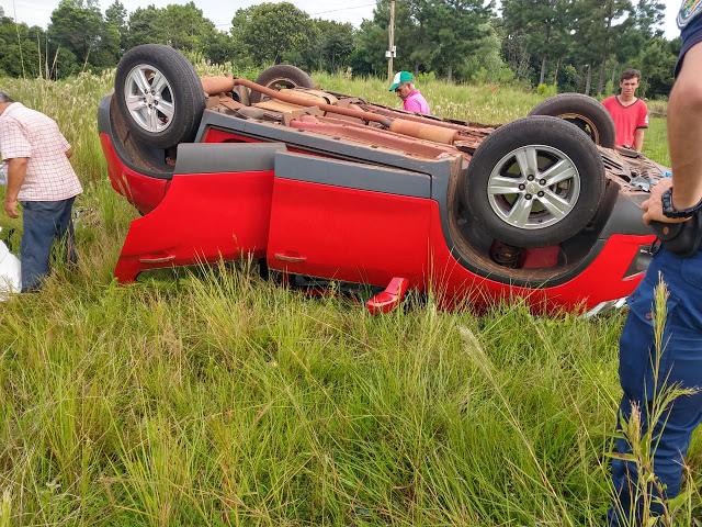 Una jubilada perdió el control de su auto en la ruta14