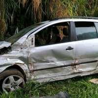 Conductor falleció tras chocar con un paredón de piedras en la ruta 14