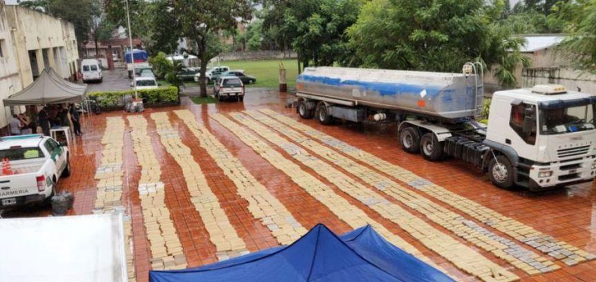 Camión cisterna con 4 toneladas de marihuana: desmienten que pertenezca aSartori